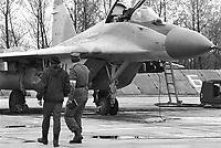 """- Polish air force, 1th air defense regiment """"Warszawa"""", soviet built fighter aircraft Mig 29 (may 1991)....- aviazione militare Polacca, 1° reggimento difesa aerea """"Warszawa"""", aereo da caccia Mig 29 di costruzione sovietica (maggio 1991)"""