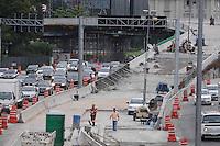 ATENÇÃO EDITOR: FOTO EMBARGADA PARA VEÍCULOS INTERNACIONAIS. - SAO PAULO)11 de dezembro 2012.(Obra do viaduto Presidente Juscelino Kubitschek  FOTO: ADRIANO LIMA / BRAZIL PHOTO PRESS).