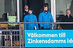 Stockholm 2014-03-01 Bandy SM-semifinal 1 Hammarby IF - V&auml;ster&aring;s SK :  <br /> TV4 expert Per Fosshuag och TV4 kommentator Daniel Kristiansson p&aring; pressl&auml;ktaren p&aring; Zinkensdamms IP<br /> (Foto: Kenta J&ouml;nsson) Nyckelord:  VSK Bajen HIF portr&auml;tt portrait TV
