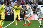 Villarreal's Samu Castillejo and Real Madrid's Garet Bale  during the match of La Liga between Real Madrid  and Villarreal Club de Futbol at Santiago Bernabeu Estadium in Madrid. September 21, 2016. (ALTERPHOTOS/Rodrigo Jimenez)