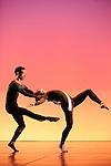 NEARLY NINETY....Choregraphie : CUNNINGHAM Merce..Compagnie : Merce Cunningham Dance Company..Lumiere : SHALLENBERG Christine..Costumes : FINKE Anna..Avec :..Andrea Weber..Rashaun Mitchell..Daniel Madoff..Julie Cunningham..Dylan Crossman..Jennifer Goggans..John Hinrichs..Jamie Scott..Silas Riener..Melissa Toogood..Brandon Collwes..Rahsaun Mitchell..Andrea Weber..Lieu : Theatre de la Ville..Ville : Paris..Le : 01 12 2009..© Laurent PAILLIER / photosdedanse.com..All rights reserved