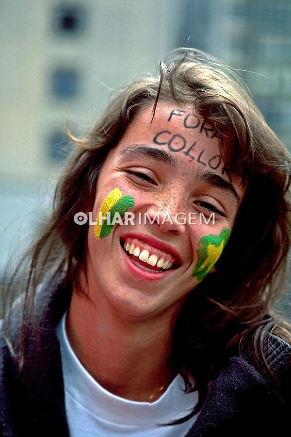 Manifestação pró impeachment de Collor. Caras Pintadas. São Paulo. 1992. Foto de Juca Martins.
