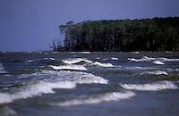 Baia do Marajó foz do Amazonas na ilha do Marajó.<br /> Soure, Pará, Brasil.<br /> Foto Paulo Santos<br /> 2005