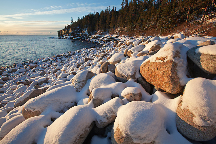 Sunrise at Boulder Beach and the Otter Cliffs, Acadia National Park, Maine, USA