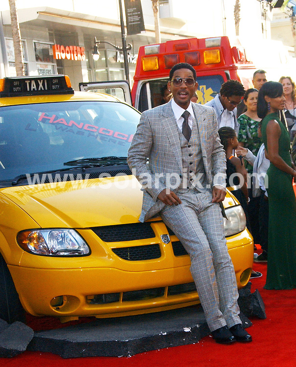 **ALL ROUND PICTURES FROM SOLARPIX.COM**.**SYNDICATION RIGHTS FOR UK, SPAIN, PORTUGAL, AUSTRALIA, S.AFRICA & DUBAI (U.A.E) ONLY**.The Hancock Premiere at the Grauman Chinese Theatre in Hollywood California in the USA. .This pic:Will Smith.JOB REF:6757-PHZ/Albert L. Ortega              DATE:30_06_08 .**MUST CREDIT SOLARPIX.COM OR DOUBLE FEE WILL BE CHARGED* *UNDER NO CIRCUMSTANCES IS THIS IMAGE TO BE REPRODUCED FOR ANY ONLINE EDITION WITHOUT PRIOR PERMISSION*