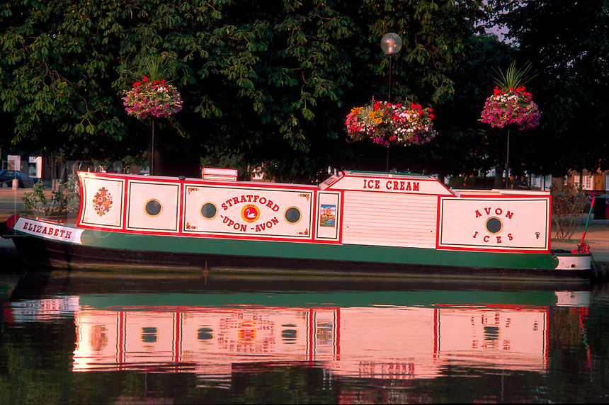 Barges, Stratford-Upon-Avon, England