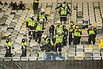 ***BETALBILD***  <br /> Stockholm 2015-05-25 Fotboll Allsvenskan Djurg&aring;rdens IF - AIK :  <br /> Poliser p&aring; l&auml;ktaren bland AIK:s supportrar under ett br&aring;k efter matchen mellan Djurg&aring;rdens IF och AIK <br /> (Foto: Kenta J&ouml;nsson) Nyckelord:  Fotboll Allsvenskan Djurg&aring;rden DIF Tele2 Arena AIK Gnaget supporter fans publik supporters slagsm&aring;l br&aring;k fight fajt gruff polis poliser