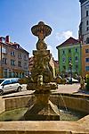 Fontanna Delfina, Złotoryja, Polska<br /> Delfine fountain in Złotoryja, Poland