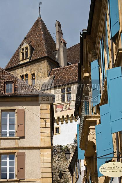 Europe/Suisse/Jura Suisse/ Neuchatel: le Château et l'escalier du Château
