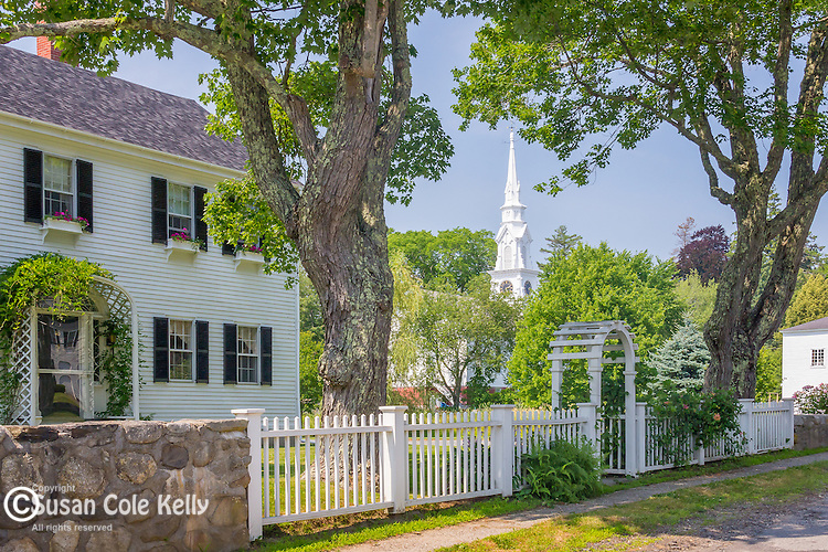 Antique colonial homes and the Trinitarian Congregational church  in Castine, Maine, USA