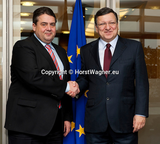 Brussels-Belgium - February 20, 2014 -- Sigmar GABRIEL (le), Vice-Chancellor of Germany and Federal Minister for Economic Affairs and Energy, in Brussels for bilateral meetings and attendance of the EU-Council on Competitiveness; here, with José (Jose) Manuel DURAO BARROSO (ri), President of the European Commission, in the Berlaymont  / HQ of the EU-Commission -- Photo: © HorstWagner.eu