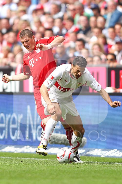 14.05.2011, Allianz Arena, Muenchen, GER, 1.FBL, FC Bayern Muenchen vs VfB Stuttgart, im Bild Bastian Schweinsteiger (Bayern #31) foult Khalid Boulahrouz (Stuttgart #21)  , Foto © nph / Straubmeier