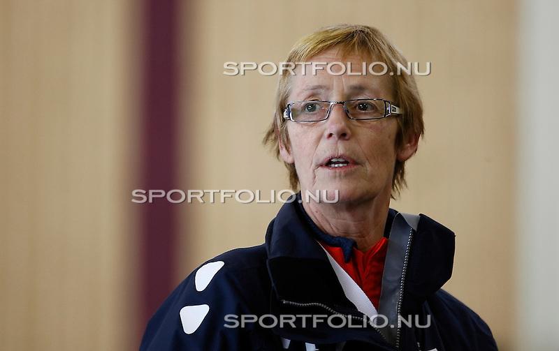 Duitsland, Berlijn. 8 februari 2008 .WK schaatsen allround 2008 .Training .Sijtje van der Lende, schaatscoach