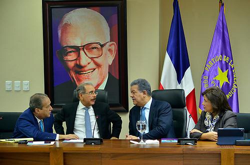 Reinaldo Pared, Danilo Medina, Leonel Fernández y Margarita Cedeño.