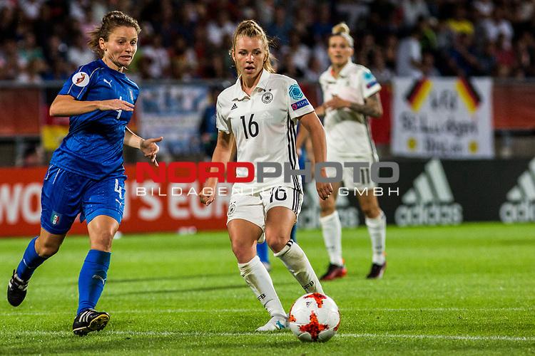 21.07.2017, Koenig Willem II Stadion , Tilburg, NLD, Tilburg, UEFA Women's Euro 2017, Deutschland (GER) vs Italien (ITA), <br /> <br /> im Bild | picture shows<br /> Daniela Stracchi (Italien #4) | (Italy #4) mit Linda Dallmann (Deutschland #16) | (Germany #16), <br /> <br /> Foto © nordphoto / Rauch
