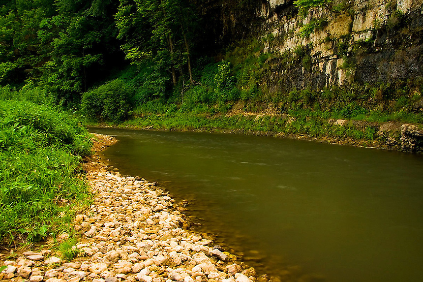 A general overview of various aspects of nature in the Midwest area.
