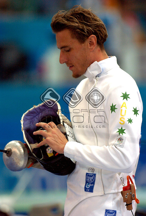 Alexander Parygin (AUS)<br /> Modern Pentathlon- Fencing<br /> Summer Olympics - Athens, Greece 2004<br /> Day 13 ,26th  August 2004.<br /> &copy; Sport the library/Courtney Harris