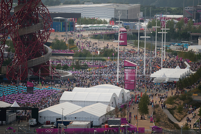 12/08/2012. LONDON, UK. Thousands of people are seen in the Olympic Park ahead of the the closing ceremony of the 2012 Summer Olympics in London today (12/08/12). The Games of the 30th Olympiad today come to a close in London after two weeks of athletics and sports competition carried out by 204 countries from around the world. Photo credit: Matt Cetti-Roberts