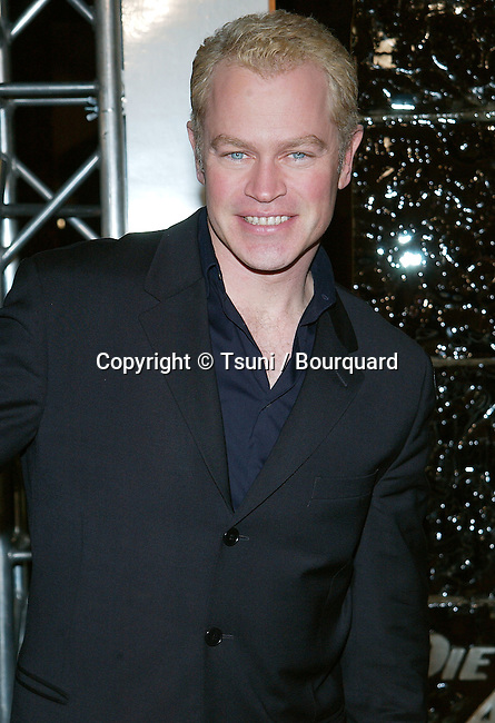"Neal McDonough arriving at the premiere of ""Die Another Day"" at the Shrine Auditorium in Los Angeles. November 11, 2002.            -            McDonoughNeal121.jpg"