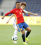 Spain's Thiago Alcantara (f) and South Korea's Ui Jo Hwang during friendly match. June 1,2016.(ALTERPHOTOS/Acero)