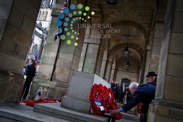 First Minister Alex Salmond MSP lays a wreath at the Royal British Legion event at the Stone of Remembrance for Remembrance Sunday, where more than fifty ex-service and civilian  groups march down the Royal Mile, Edinburgh, Scotland.14th November 2010...Picture:Scott Taylor Universal News And Sport (Europe) .All pictures must be credited to www.universalnewsandsport.com. (Office)0844 884 51 22.