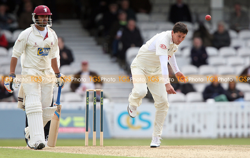 Surrey bowler Jonathan Lewis in action - Surrey CCC vs Somerset CCC, LV County Championship Division 1 at The Kia Oval, Kennington - 16/05/12 - MANDATORY CREDIT: Rob Newell/TGSPHOTO - Self billing applies where appropriate - 0845 094 6026 - contact@tgsphoto.co.uk - NO UNPAID USE..