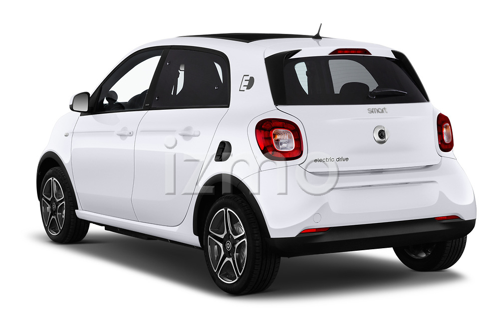 Car pictures of rear three quarter view of a 2018 Smart forfour Passion 5 Door Hatchback angular rear