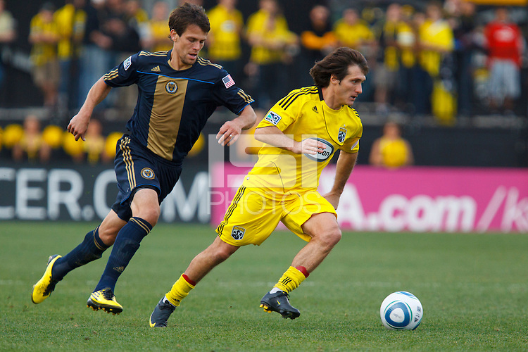24 OCTOBER 2010:  Philadelphia Union midfielder Stefani Miglioranzi (15) and Columbus Crew midfielder/forward Guillermo Barros Schelotto (7) during MLS soccer game at Crew Stadium in Columbus, Ohio on August 28, 2010.