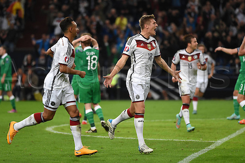 14.10.2014. Gelsenkirchen, Germany. Euro 2016 qualification match. Germany versus Republic of Ireland. Toni Kroos (Ger) celebrates as he shoots and scores the opening goal for 1-0