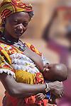Fulani woman and child in the weekly market of Djibo in northern Burkina Faso.