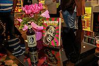 RIO DE JANEIRO, RJ, 21.07.2014- LANÇAMENTO DO LIVRO MUSSUM FOREVIS- , na Livraria da Travessa, Shopping Leblon, nesta segunda feira. (Foto Márcio Cassol - Brazil Foto Press)