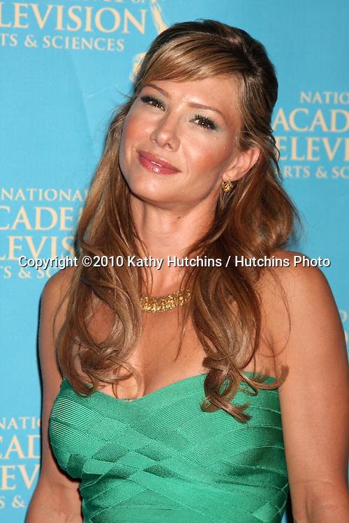 LOS ANGELES - JUN 25:  Sarah Brown arrive(s) at the 2010 Creative Daytime Emmys  Bonaventure Hotel in.Los Angeles, CA on June 25, 2010...