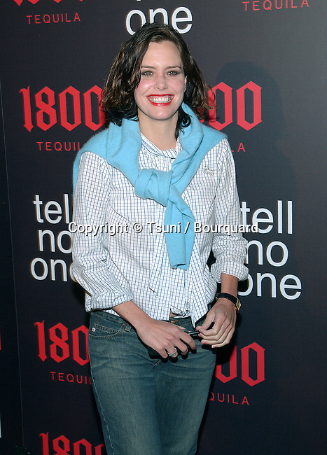 "Ione Skye arriving ""At Tell No One, talent party promoting the 1800 Tequila""  at the Chatau Marmont in Los Angeles. May, 2nd 2002.            -            SkyeIone02.jpg"