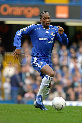 17 February 2007: Chelsea striker Didier Drogba with the ball during the FA Cup 5th Round game between Chelsea and Norwich City, played at Stamford Bridge. Chelsea won the match 4-0. Photo: Actionplus....070217 football soccer player