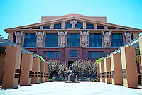 Michael Graves: Administration Building, Disney Studios. Los Angeles 1991. Red Sandstone.