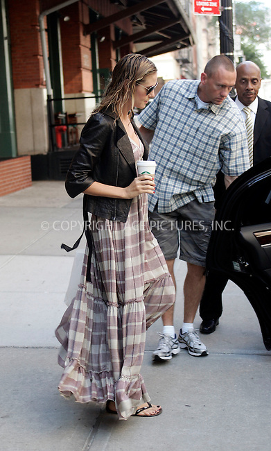 WWW.ACEPIXS.COM . . . . .  ....June 30 2011, New York City....TV personality Heidi Klum leaving her downtown hotel on June 30 2011 in New York City....Please byline: CURTIS MEANS - ACE PICTURES.... *** ***..Ace Pictures, Inc:  ..Philip Vaughan (212) 243-8787 or (646) 679 0430..e-mail: info@acepixs.com..web: http://www.acepixs.com