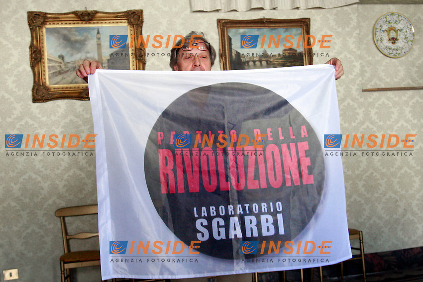 """Vittorio Sgarbi.Roma 14/07/2012 Presentazione del """"Partito della Rivoluzione- Laboratorio Sgarbi"""".Photo Samantha Zucchi Insidefoto"""
