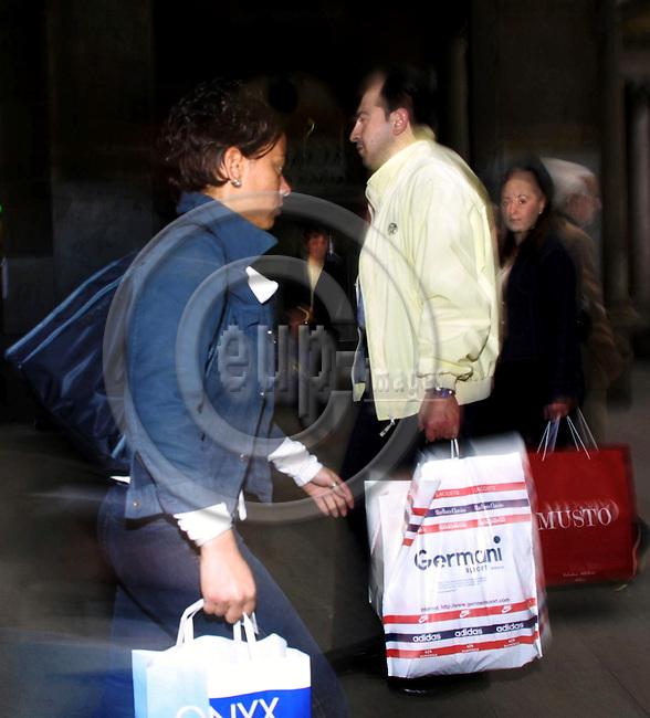 MILANO - ITALY - 07 MAY 2001--Milano, the place to shop.-- PHOTO: JUHA ROININEN / EUP-IMAGES