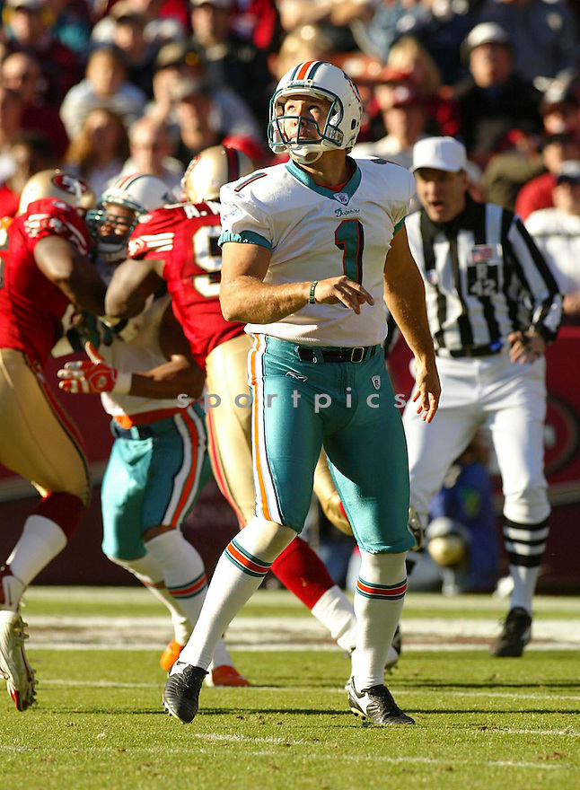 Matt Turk during the Miami Dolphins v. San Francisco 49ers game on November 28, 2004...Miami wins 24-17..Rob Holt / SportPics