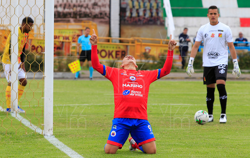 IPIALES - COLOMBIA, 29-08-2019: Wilfrido de la Rosa del Pasto celebra después de anotar el cuarto gol de su equipo partido por los cuartos de final de la Copa Águila 2019 entre Deportivo Pasto y Deportivo Pereira jugado en el estadio Estadio Municipal de Ipiales. / Wilfrido de la Rosa of Pasto celebrates after scoring the fourth goal of his team during match for the quaterfinals of the Aguila Cup 2019 between Deportivo Pasto and Deportivo Pereira played at Municipal stadium of Ipiales. Photo: VizzorImage / Leonardo Castro / Cont