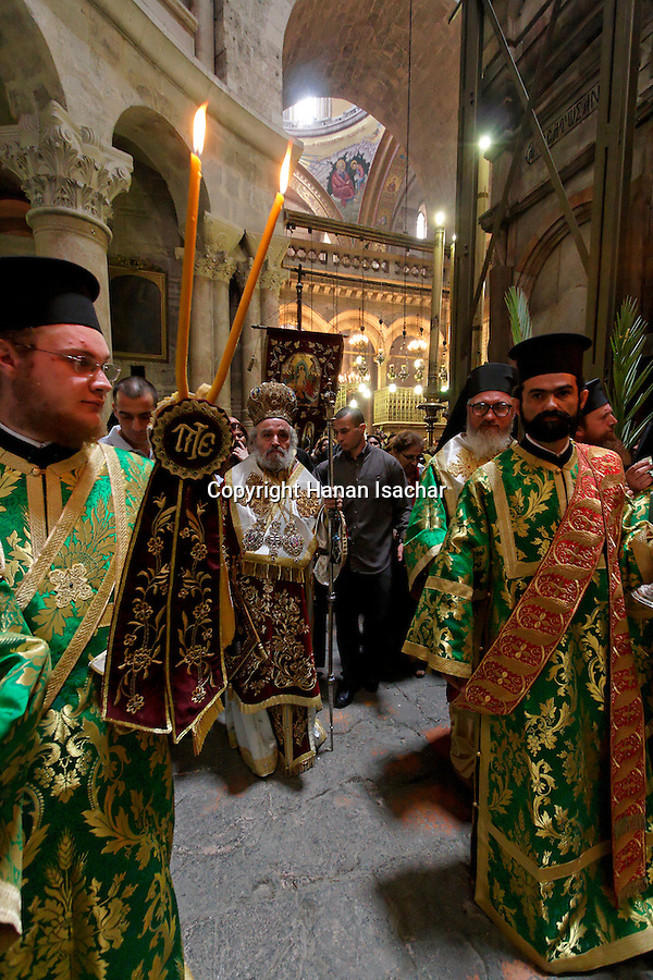 Israel, Jerusalem Old City, the Greek Orthodox Patriarch at the Palm Sunday procession around the Rotunda at the Church of the Holy Sepulchre, 2005<br />