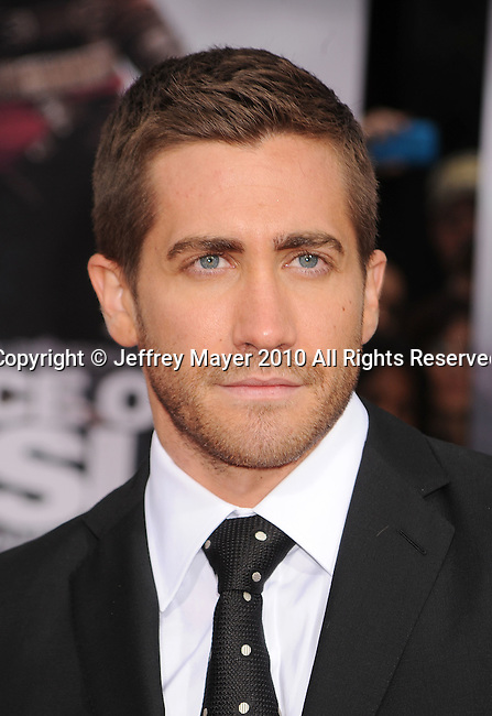 "HOLLYWOOD, CA. - May 17: Jake Gyllenhaal  arrives at the ""Prince of Persia: The Sands of Time"" Los Angeles Premiere held at Grauman's Chinese Theatre on May 17, 2010 in Hollywood, California."