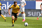 Dresdens Löwe / Loewe Chris (15) am Ball beim Spiel in der 2. Bundesliga, SV Sandhausen - Dynamo Dresden.<br /> <br /> Foto © PIX-Sportfotos *** Foto ist honorarpflichtig! *** Auf Anfrage in hoeherer Qualitaet/Aufloesung. Belegexemplar erbeten. Veroeffentlichung ausschliesslich fuer journalistisch-publizistische Zwecke. For editorial use only. For editorial use only. DFL regulations prohibit any use of photographs as image sequences and/or quasi-video.