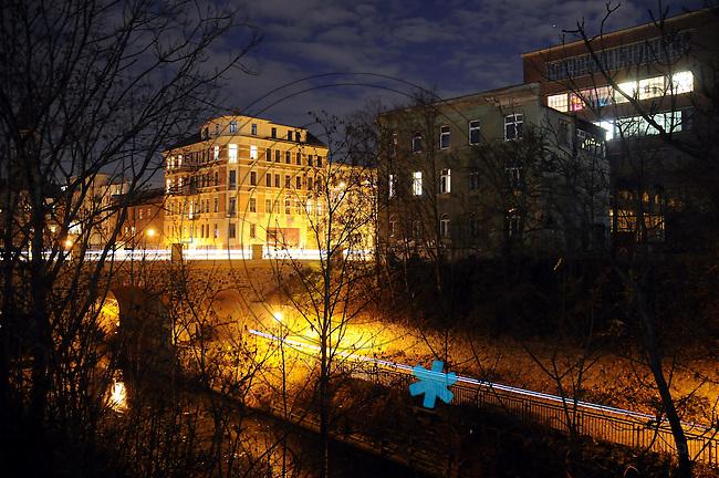 Westwerk am Karl-Heine-Kanal Radweg König-Albert-Brücke, Karl-Heine-strasse. Plagwitz-Lindenau am Abend des 23.11.2011 Photo.:Stefan Nöbel-Heise