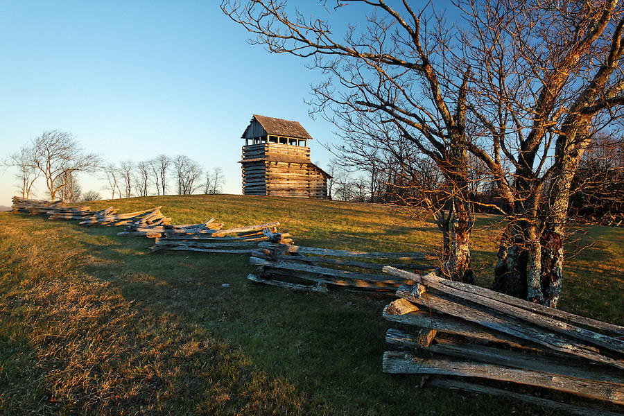 Groundhog Mountain Lookout Tower and split-rail fence, Blue Ridge Parkway, Virginia, USA