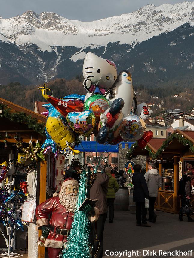 auf dem Weihnachtsmarkt, Innsbruck, Karwendel-Gebirge, Tirol, Österreich