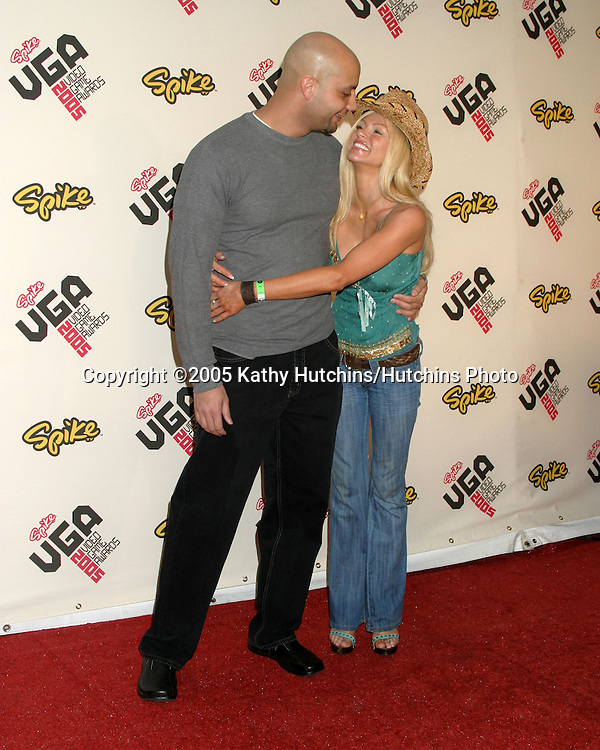 Nikki Ziering and her boyfriend.Spike TV Video Game Awards 2005.Gibson Ampitheater.Los Angeles, CA.November 18, 2005.©2005 Kathy Hutchins/Hutchins Photo