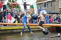 SKÛTSJESILEN: LEMMER: 29-07-2015, SKS kampioenschap 2015, wedstrijd afgelast, alternatief programma zakslaan, ©foto Martin de Jong