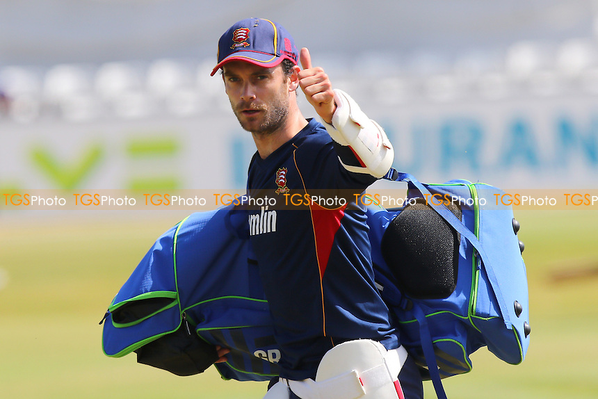 James Foster of Essex - Essex CCC vs Australia - Tourist Match ahead of the 2015 Ashes Series at the Essex County Ground, Chelmsford, Essex - 03/07/15 - MANDATORY CREDIT: Gavin Ellis/TGSPHOTO