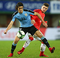 14.11.2017, Ernst Happel Stadion, Wien<br /> Edinson Cavani (URU) und Marcel Sabitzer (AUT) // during the International Friendly L‰nderspiel Football Match between Austria and Uruguay at the Ernst Happel Stadium, Vienna, Austria on 2017/11/14 <br /> Foto EIBNER/EXPA/HAUMER/Insidefoto